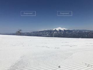 スキー場頂上からの景色の写真・画像素材[933404]