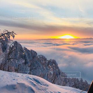 雲海と夕焼けの写真・画像素材[970141]