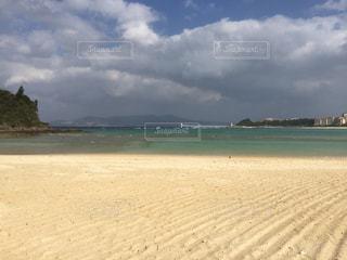 海,屋外,雲,砂浜,青い海,沖縄,旅行,休日の過ごし方