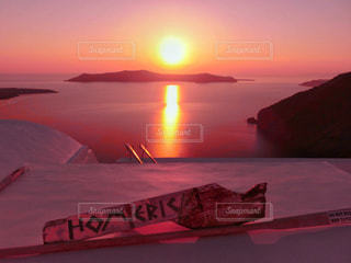 サントリーニ島の夕日の写真・画像素材[801667]