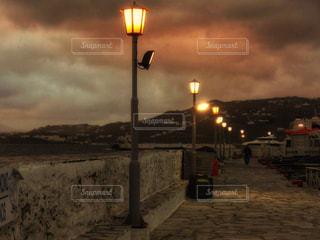 ミコノス島の夕暮れの写真・画像素材[801825]