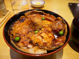 豚丼の写真・画像素材[809782]