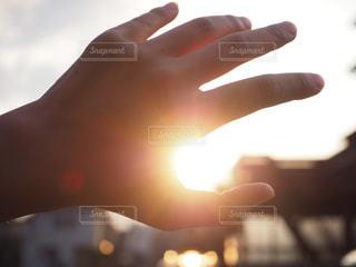 空,カメラ,夕日,夕焼け,手,夕陽,ゆうひ,兵庫県