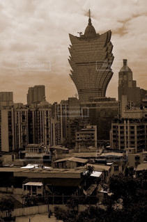 都市の黒と白の写真の写真・画像素材[785255]