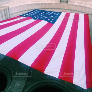 大きなアメリカ国旗の写真・画像素材[801311]