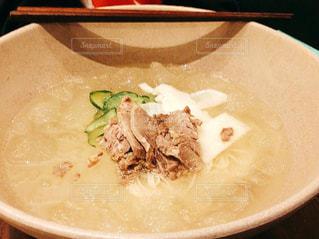 韓国の辛くない麺料理の写真・画像素材[807192]