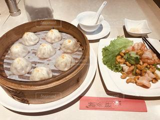 食べ物,台湾,台北,小籠包,逸品,蟹味噌小籠包,済南鮮湯包,海老とカシューナッツ炒め