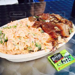ポケとシーフードサラダ丼🐟の写真・画像素材[812185]