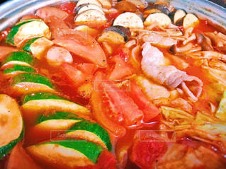 赤,カラフル,トマト,鍋,晩御飯,和食,おいしい,晩ご飯,あったかい,トマト鍋,ズッキーニ,うちの晩ご飯