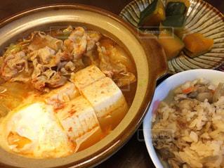 鍋,晩御飯,和食,おいしい,辛い,キムチ,晩ご飯,あったかい,キムチ鍋,チゲ鍋,うちの晩ご飯