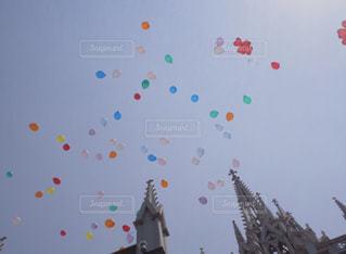 風船に願いをの写真・画像素材[1276403]