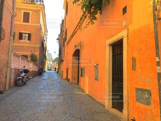 この道をずーっと行ったらコロッセオ - No.792604
