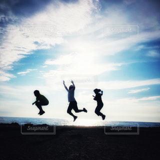 ジャンプの写真・画像素材[2986328]