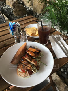 食べ物,朝食,旅行,シンガポール,料理,チキン,サンド,テラス席,kith cafe robertson quay