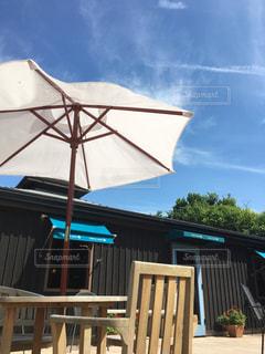 表の青い傘をトッピングの写真・画像素材[903073]