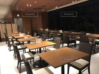 夜,ディナー,茶色,室内,椅子,テーブル,ホテル,ベージュ,ミルクティー色