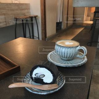 黒豆ロールケーキの写真・画像素材[803609]