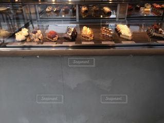 食品の多くに満ちてディスプレイ ケースの写真・画像素材[805142]
