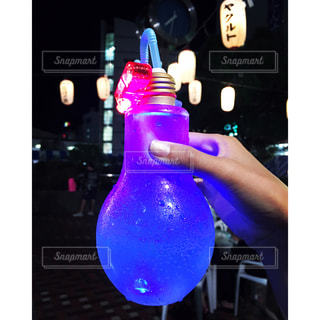 電球ソーダの写真・画像素材[804243]