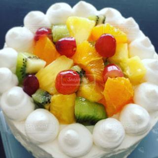 フルーツデコレーションケーキの写真・画像素材[839626]