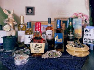 食べ物,屋内,ワイン,ボトル,ビール,ドリンク,アルコール,カウンター
