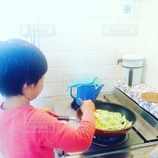 今日のお昼は野菜炒めの写真・画像素材[2685751]