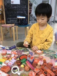 アート,ペン,工作,幼児,少年,紙,おえかき,スタンプ,フリースペース,子供アート,子供のアート,おうち時間