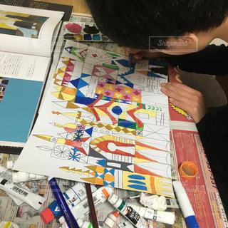 屋内,絵の具,本,アート,お城,ペン,デザイン,小学生,少年,紙,おえかき,図工,模写