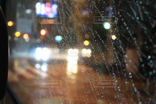 雨の向こうの写真・画像素材[814883]