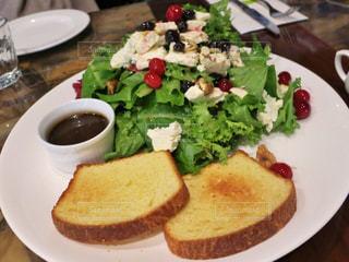 リコッタチーズサラダの写真・画像素材[875248]