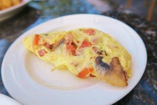 ホテルの朝食のオムレツの写真・画像素材[876977]