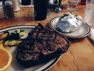 海外,アメリカ,旅行,レストラン,肉,ステーキ,Tボーン