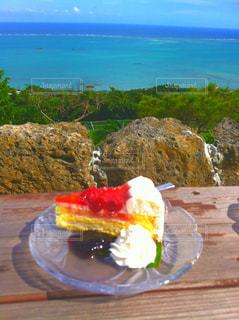 海を一望できるカフェの写真・画像素材[911429]