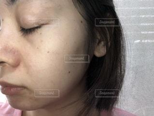 女性,女,人物,人,目,すっぴん,シミ,肌,皮膚,お肌,しみ