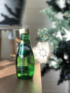 クローズ ボトル、ワインのガラスのの写真・画像素材[902009]