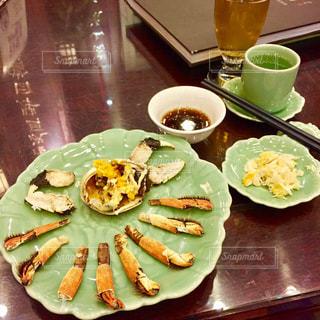 蒸した上海蟹の写真・画像素材[880828]
