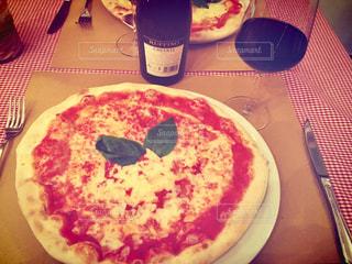 イタリア,フィレンツェ,赤ワイン,マルゲリータ,ピザ