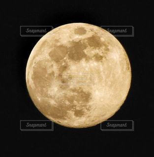 満月の写真・画像素材[1197627]