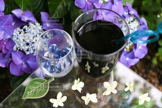飲み物,コーヒー,COFFEE,アイスコーヒー,紫陽花,梅雨,6月,ドリンク,ガクアジサイ,ビー玉,アジサイ