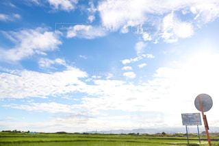 青空,標識,白い雲,フォトジェニック,雨上がりの空,梅雨の晴れ間