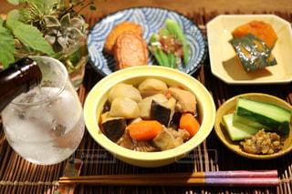 食べ物,秋,キュウリ,テーブルフォト,食,おつまみ,薩摩揚げ,食欲の秋,カボチャ煮,茹でオクラ,金山寺味噌
