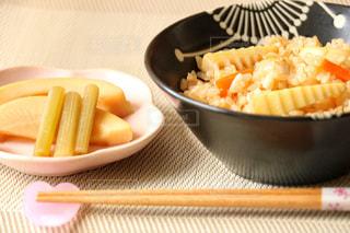 食べ物,晩ごはん,夕飯,食べもの,食物,たけのこご飯,フキの煮付け