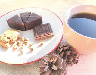 食べ物,コーヒー,COFFEE,テーブル,洋菓子,イベント,チョコレート,カップ,珈琲,バレンタイン,チョコ,バレンタインデー,スィーツ,年中行事,2月14日