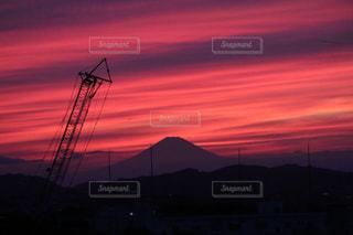 夕暮れ時の富士山の写真・画像素材[847045]