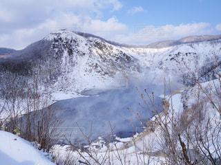 雪に覆われた山 - No.883935