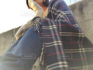 ポンチョを着た女性 - No.867180