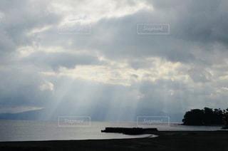 水体の空に雲 - No.844392