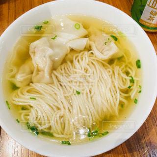 シンガポールのワンタン麺の写真・画像素材[871727]