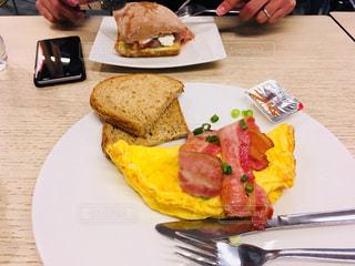 朝食,オムレツ,アイスランド,ケフラヴィーク空港