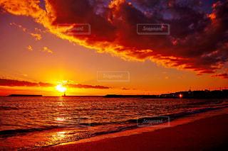 江井ヶ島海岸の夕陽の写真・画像素材[956925]